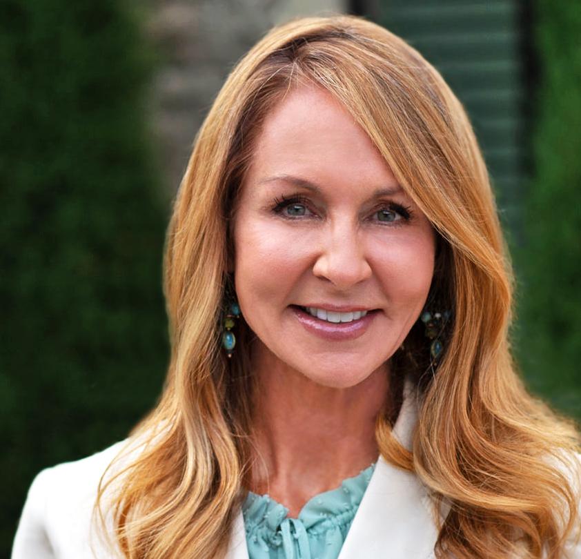 Headshot of Dr. Courtney McCashland